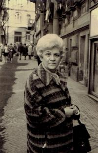 Mariana Bukovská, Prague about 1975