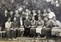 Keeping pioneer camp in 1960. In the middle of the top father Alexei Shevchuk