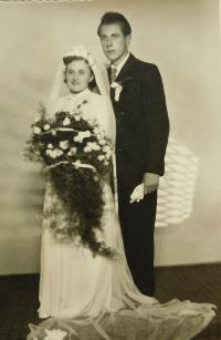 Wedding photo of Vilma and Jan Pup