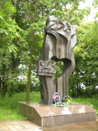 Ukrainian monument of burnt out Malin in 2009