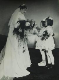 A wedding photo of Antonie Kašparová (Simkova)