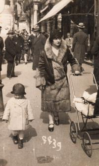 With mother in Ostrava, ca 1928