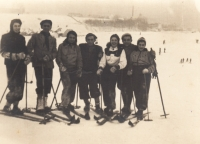 Skiing with friends, 1940--Věra Idan third from left