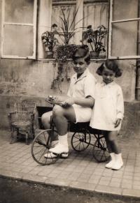 With cousin, Jan Fuchs, 1930
