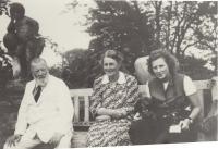 Granfather Erich Lamozel Thurn - Taxis, babička Gabriela Kinska Thurn - Taxis, mother Josefa Thurn Taxis Borek Dohalska