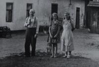 The father of Irena Ondruchová, Pavel Šimeček, in front of the house of his mother-in-law, Adámková in Výškovice around 1940