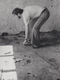Žonglér 2, 1976