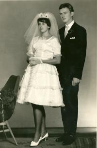 Rodiče Iva Mludka / Helga a Dieter na svatební fotografii / 1963