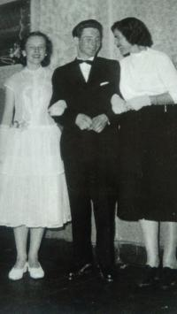 Maturita ball, between his future wife and future mother-in-law, Aš 1959