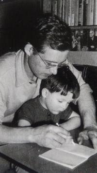With his son, Aš 1967