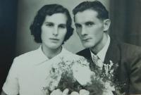 Wedding photo of Anna and Josef Liška in 1953