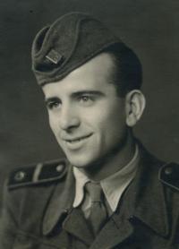 Konstantin Karger v roce 1951 na vojně