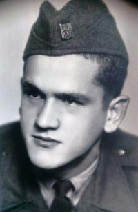 Vincent Dorník - z obdobia vojenskej služby v PTP (1950)