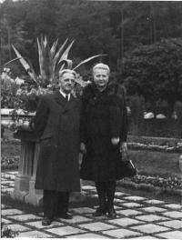 Alois and Marie Bohušovi, Dominika's parents