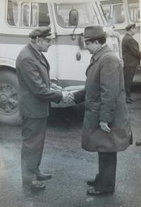 Alois Grůz als Fahrer in ČSAD