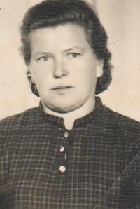 Franjica Poznik ID picture, 1970's