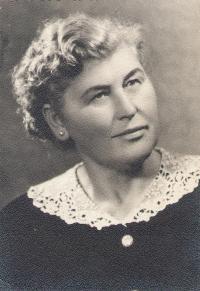 Aunt Natalia Arsov (born Kolacek)