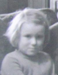 Marie Klusáčková, the Childhood in England, 1940 - 1945