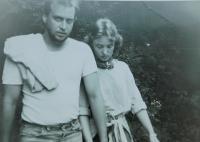 Dana Krejčí (Foukalová) s Petrem Holubářem v roce 1988