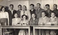 Czech teachers of Greek children, Unčín, 1952