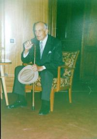 Josef Holátko during the transfer of the title The Righteous Among Nations in 1991 in Olomouc