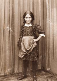 Marie 14 let, 1919, Brno