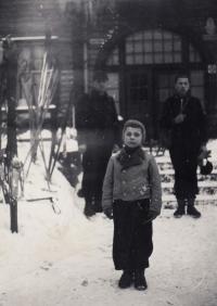 1937, Karlova Studánka, Vánoce, Petr