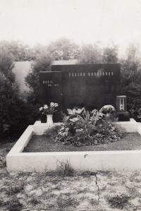 Matčin hrob, Brno