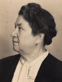 1945, říjen, teta Albi Marková, roz. Vavřínová