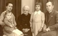 Angela Bajnokova with parents, brother and grandmother