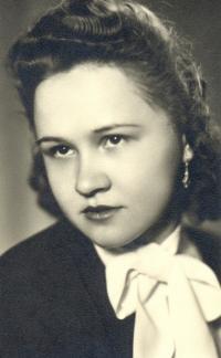 Portrait of Angela Bajnokova in 1948