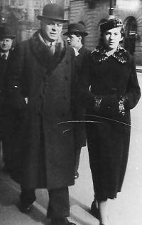 Šmuel with wife