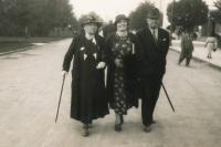Jitka's great-grandmother and grandparents in Poděbrady, 1930