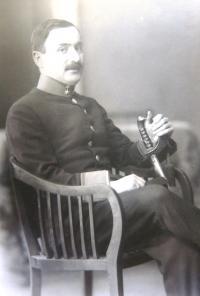 Father Viktor Hahn, WW1