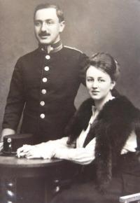 Parents, 1914