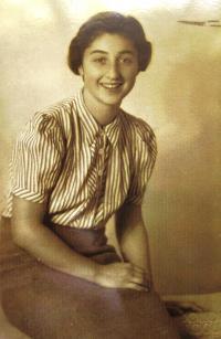 Věra´s twin-sister Eva Hahn (Goldstein), 30ies