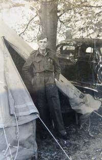 Karel Feuerstein in England during the WWII