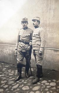 Father Kamil Kohn as a soldier in the WW1, left