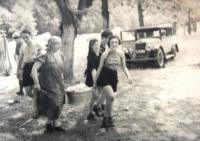 Tchelet Lavan summer camp. Rakousy 1938.