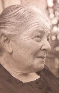 Grandma Karolína Ascher (mother's mother), date unknown