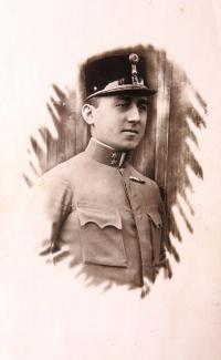 Otec Ruth Mittelmann (Charlotty Neumann) Leopold Neumann. 1. světová válka.