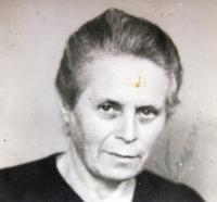 Lenka Neumann, fellow prisoner of Ruth in Ravensbrück. Postwar photo.