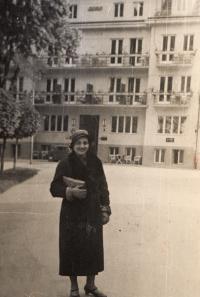 Maminka v Luhačovicích