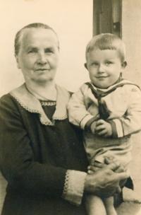 In the arms of Grandma Růžena, 1940