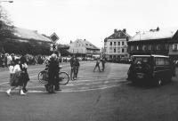 Pohřeb Pavla Wonky, cesta přes náměstí, Vrchlabí 6.5.1988