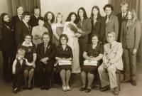 Na svatbě Petra Vránka (vlevo nahoře)