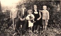 Radislav Bušek with his family