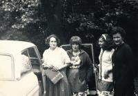 1965, Germany, wew famili of father, Inge is on right in black
