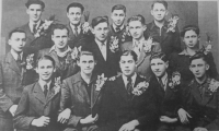 Group photograph of boys who were enlisted to the Reich Labour Service (Reichsarbeitdienst, RAD) in 1943. Pavel Höchsmann, second from left.