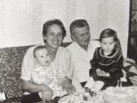 Karel Linhart with grandchildren